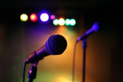 KaraokeSingerPhoto17